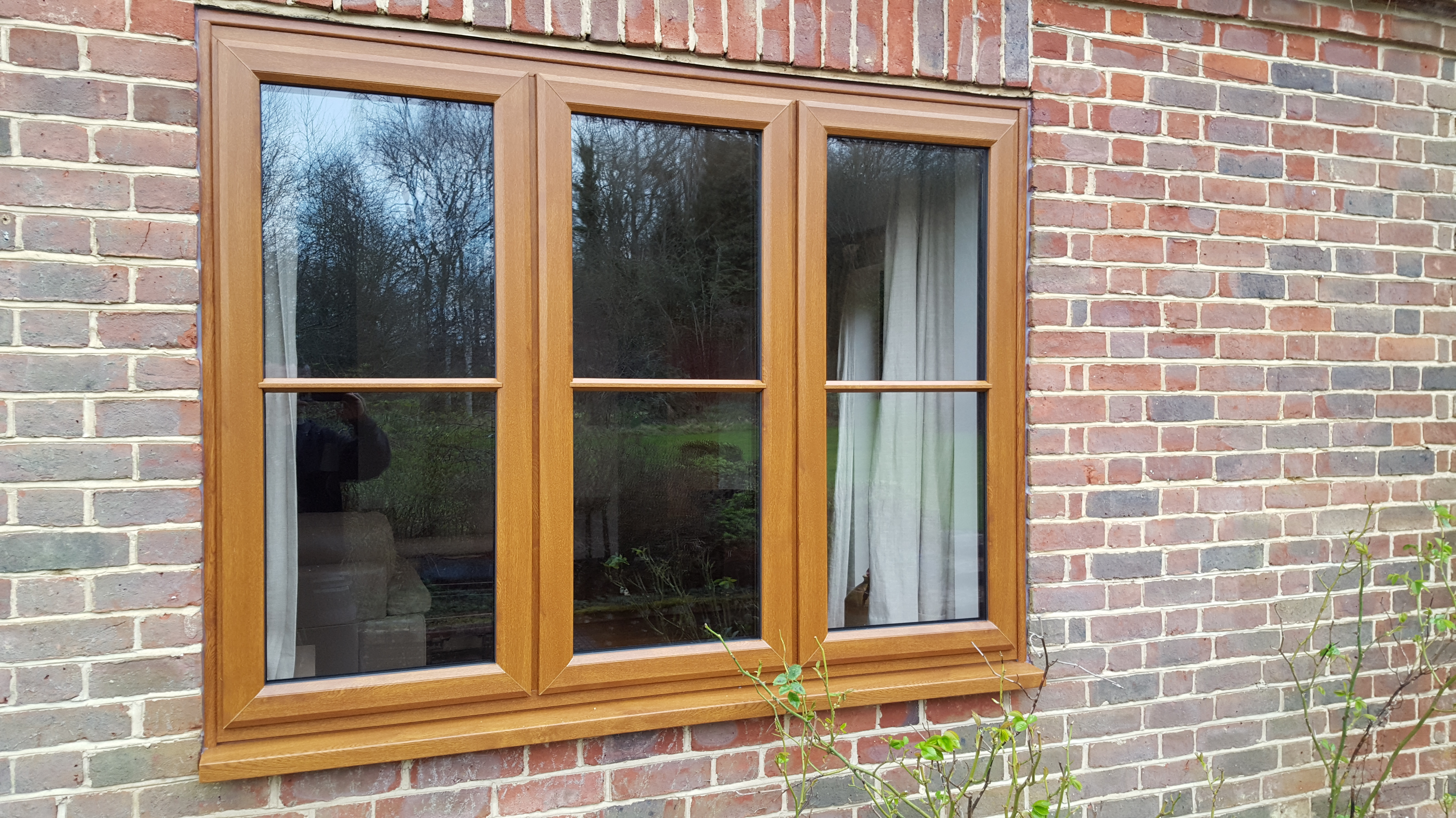 High Quality Kommerling Golden Oak Legacy Windows
